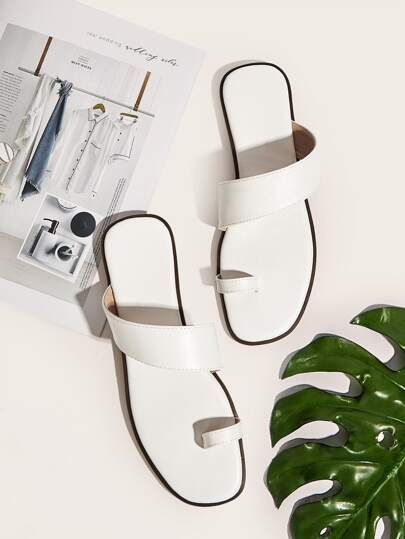 c90f4c0d1 Toe Post PU Flat Slippers