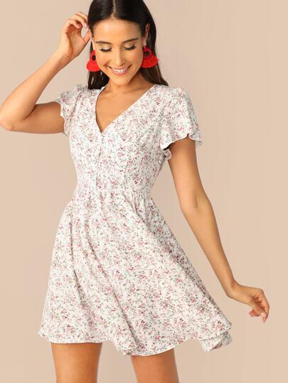 26f1e9bb2fb Flutter Sleeve Ditsy Floral Print Dress