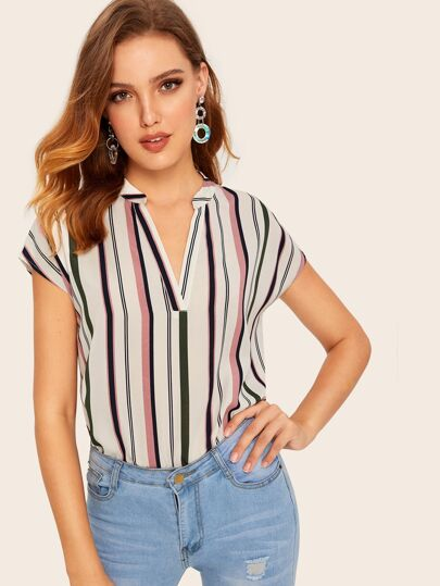 8e3798189ff7e V-cut Striped Top