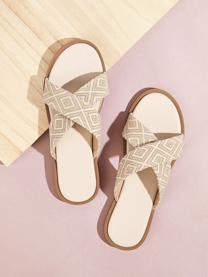 e2cadfe322b Geometric Pattern Criss Cross Flat Slippers