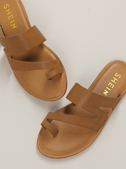64a2f8108 One Sided Toe Ring Slip On Flat Sandals