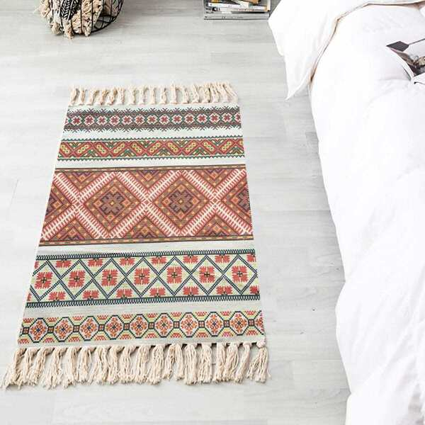 Graphic Print Woven Tassel Floor Mat, Multicolor